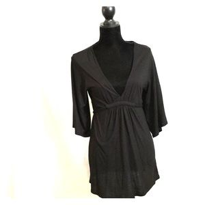 Black Old Navy 3/4 length sleeve dress with V neck